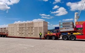 Transport de 6 camions et 60 tonnes d'utilitaires